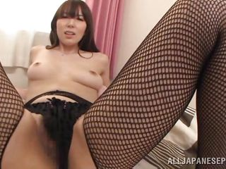 yui gives amazing blowjob