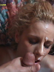 Sexy amateur babe blows a stranger for some extra cash