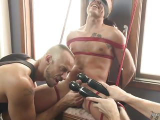 rob gets his tight ass pounded, dick sucked