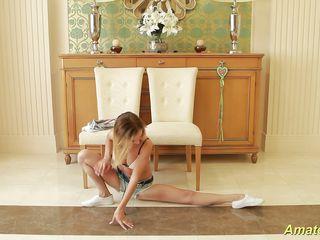 flexible skinny teen gymnast