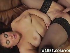 WANKZ- Watch Markinas Pussy Get Split