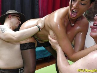 fuck party with busty milf dacada