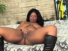 Sexy black momma Mirage masturbates